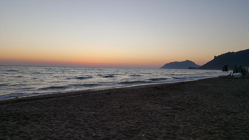 nisia_beach